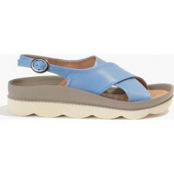 Sandały niebieskie Patrizia. Niebieskie sandały damskie Badura. Za 135,99 zł.