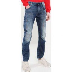 GStar ARC 3D SLIM Jeansy Slim Fit medium aged restored 86. Niebieskie jeansy męskie G-Star. W wyprzedaży za 524,25 zł.