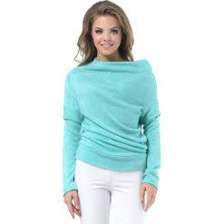 Sweter w kolorze miętowym. Zielone swetry klasyczne damskie marki Lada Lucci, xxs, ze stójką. W wyprzedaży za 219,95 zł.