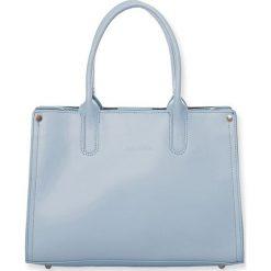 """Torebki klasyczne damskie: Skórzana torebka """"Sarah"""" w kolorze błękitnym – 33 x 12 x 23 cm"""