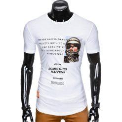 T-SHIRT MĘSKI Z NADRUKIEM S929 - BIAŁY. Czarne t-shirty męskie z nadrukiem marki Ombre Clothing, m, z bawełny, z kapturem. Za 29,00 zł.