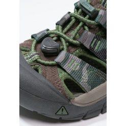 Keen NEWPORT H2 Sandały trekkingowe cascade brown. Czerwone sandały chłopięce marki Keen, z materiału. Za 239,00 zł.