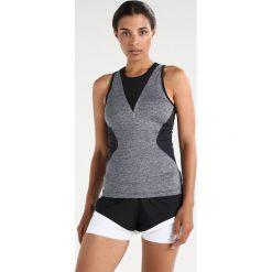 Adidas by Stella McCartney TRAIN Koszulka sportowa black. Czarne t-shirty damskie adidas by Stella McCartney, xs, z elastanu. W wyprzedaży za 224,25 zł.