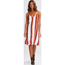Sukienki hiszpanki: JUST FEMALE EMILIA SLIP DRESS Sukienka koszulowa white