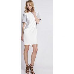 Sukienki: Prosta Biała Sukienka z Krótkim Rękawem