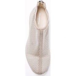 Vagabond - Buty Cinita. Czarne buty sportowe damskie marki Vagabond, z gumy. W wyprzedaży za 219,90 zł.