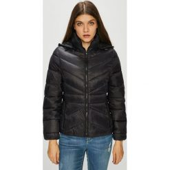 Wrangler - Kurtka. Czarne kurtki damskie pikowane Wrangler, l, z materiału. Za 479,90 zł.