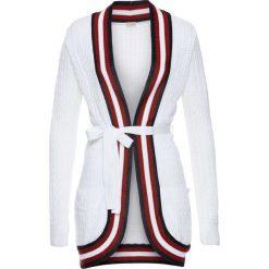 Sweter rozpinany bonprix biało-czerwono-ciemnoniebieski. Zielone kardigany damskie marki bonprix, w kropki, z kopertowym dekoltem, kopertowe. Za 79,99 zł.