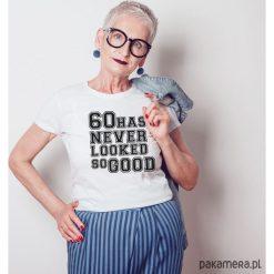 60 dopasowana koszulka tshirt damski. Czarne bluzki na imprezę marki KIPSTA, m, z elastanu, z długim rękawem, na fitness i siłownię. Za 85,00 zł.