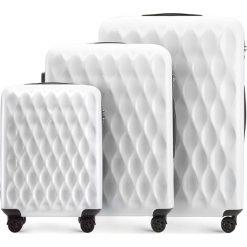 Zestaw walizek 56-3H-55S-88. Białe walizki marki Wittchen, z gumy, duże. Za 555,21 zł.