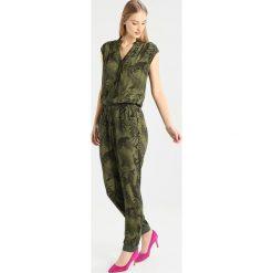 Desigual GEORGETTE Kombinezon green. Niebieskie kombinezony damskie marki JUST FEMALE, xs, z materiału. W wyprzedaży za 399,20 zł.