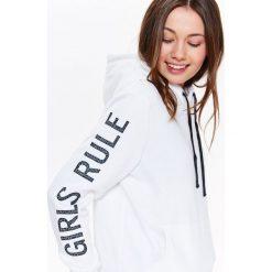 Bluzy rozpinane damskie: BLUZA DAMSKA KANGURKA, Z NADRUKIEM NA RĘKAWIE