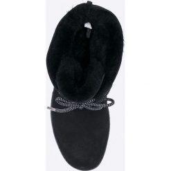 Emu Australia - Botki Illawong. Czarne botki damskie na obcasie EMU Australia, z gumy, z okrągłym noskiem, na sznurówki. W wyprzedaży za 399,90 zł.