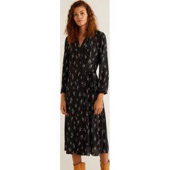 Mango - Sukienka Vegas. Brązowe długie sukienki Mango, na co dzień, l, z tkaniny, casualowe, z długim rękawem. Za 199,90 zł.