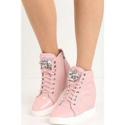 Różowe Sneakersy Lumen. Czerwone sneakersy damskie marki Born2be, z materiału. Za 89,99 zł.