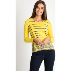 Żółta bluzka w paski z kwiatami QUIOSQUE. Żółte bluzki longsleeves marki QUIOSQUE, z nadrukiem, z bawełny, biznesowe, z dekoltem w łódkę. W wyprzedaży za 59,99 zł.
