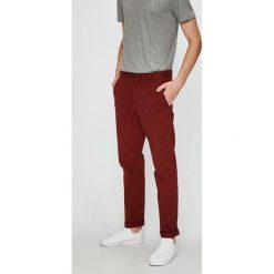 Calvin Klein - Spodnie. Szare chinosy męskie marki Calvin Klein, z bawełny. Za 399,90 zł.