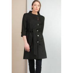 Płaszcze damskie: Płaszcz w kropeczki