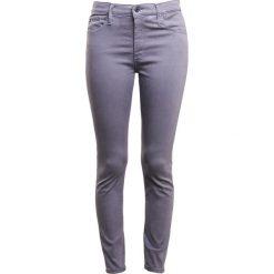 Boyfriendy damskie: AG Jeans FARRAH Spodnie materiałowe grey denim