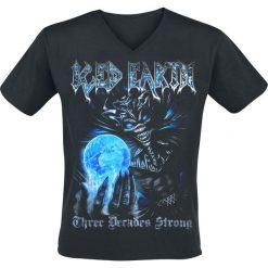 Iced Earth Three Decades Strong T-Shirt czarny. Czarne t-shirty męskie z nadrukiem Iced Earth, xxl, z dekoltem na plecach. Za 79,90 zł.