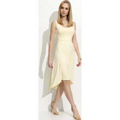 Żółta Sukienka Asymetryczna na Szerokich Ramiączkach. Niebieskie sukienki asymetryczne marki bonprix, z nadrukiem, na ramiączkach. Za 84,90 zł.