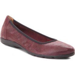 Baleriny CAPRICE - 9-22150-21 Bordeaux Rept 538. Czerwone baleriny damskie zamszowe marki Caprice. W wyprzedaży za 169,00 zł.