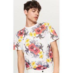 T-shirty męskie: T-shirt z nadrukiem w kwiaty – Biały