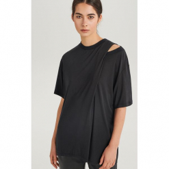 T-shirt oversize ReDesign - Czarny. Czarne t-shirty damskie Reserved, l. Za 99,99 zł.