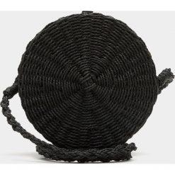 Torebki klasyczne damskie: Czarna okrągła torebka na ramię