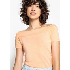 Bluzki, topy, tuniki: T-shirt z dekoltem w łódkę i krótkim rękawem