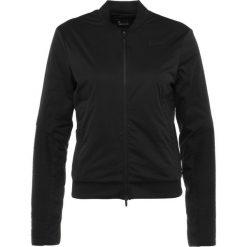 Nike Performance Kurtka Outdoor black. Czarne kurtki damskie Nike Performance, l, z materiału, outdoorowe. W wyprzedaży za 422,95 zł.