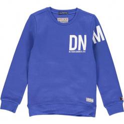 Bluza w kolorze niebieskim. Niebieskie bluzy chłopięce marki Retour Denim de Luxe, z nadrukiem. W wyprzedaży za 105,95 zł.
