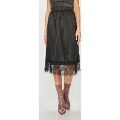 Answear - Spódnica. Szare spódniczki ANSWEAR, m, z koronki, midi, proste. Za 99,90 zł.