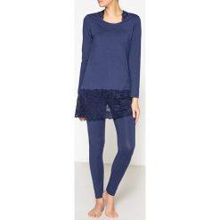 Piżamy damskie: Koronkowa piżama