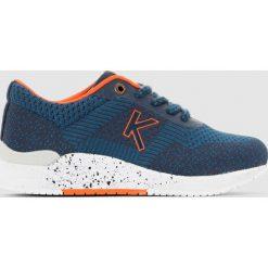 Tenisówki Knitwear. Niebieskie buty sportowe dziewczęce marki Kickers, z kauczuku, na sznurówki. Za 349,86 zł.