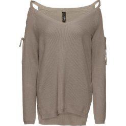 Sweter z wycięciami bonprix brunatny. Brązowe swetry klasyczne damskie bonprix, ze sznurowanym dekoltem. Za 99,99 zł.