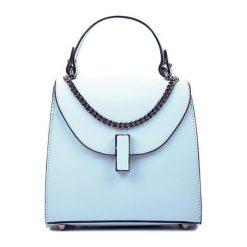 Torebki klasyczne damskie: Skórzana torebka w kolorze niebieskim – (S)18 x (W)19 x (G)8 cm