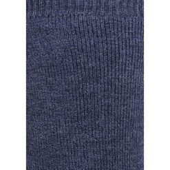 Falke COSYSHOE Skarpety dark blue. Niebieskie skarpetki męskie marki Falke, z bawełny. Za 139,00 zł.