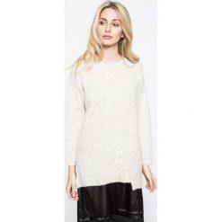Silvian Heach - Sweter + sukienka. Szare sukienki dzianinowe marki Silvian Heach, l, klasyczne, z włoskim kołnierzykiem, na ramiączkach, proste. W wyprzedaży za 359,90 zł.