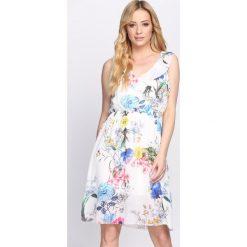 Sukienki: Biała Sukienka Beachy Vibes