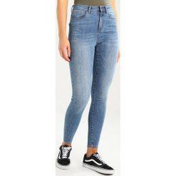 Jeansy damskie: Vero Moda VMSOPHIA SKINNY  Jeans Skinny Fit light blue denim