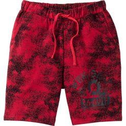 Bermudy dresowe bonprix ciemnoczerwony z nadrukiem. Czerwone spodenki i szorty męskie bonprix, z nadrukiem, z dresówki. Za 59,99 zł.