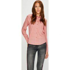 Vero Moda - Koszula. Różowe koszule damskie Vero Moda, l, w paski, z materiału, casualowe, z długim rękawem. W wyprzedaży za 89,90 zł.
