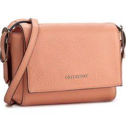 Torebka COCCINELLE - YV3 Minibag C5 YV3 15 C2 07 Pompelmo 290. Brązowe listonoszki damskie marki Coccinelle. W wyprzedaży za 399,00 zł.