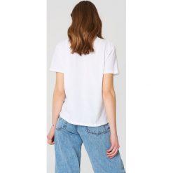 NA-KD T-shirt Cherry - White. Białe t-shirty damskie NA-KD, z nadrukiem, z bawełny. Za 72,95 zł.