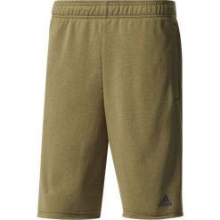 Bermudy męskie: Adidas Spodenki męskie Essentials Raw Hem French Terry Short M zielone roz. S (BP5470)