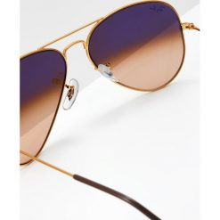 RayBan AVIATOR Okulary przeciwsłoneczne bronze/copper pink gradient brown. Brązowe okulary przeciwsłoneczne damskie aviatory marki Ray-Ban. Za 629,00 zł.