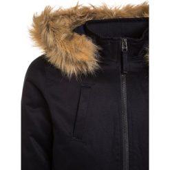 Teddy Smith BARTER Kurtka zimowa dark navy. Brązowe kurtki chłopięce zimowe marki Teddy Smith, z materiału. W wyprzedaży za 407,20 zł.