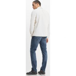 Wrangler SPENCER Jeansy Slim Fit good thing. Szare jeansy męskie marki Wrangler, l, z poliesteru, z kapturem. W wyprzedaży za 296,10 zł.