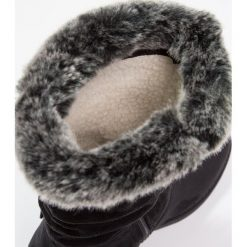 Anna Field Kozaki black. Czarne buty zimowe damskie Anna Field, z materiału. W wyprzedaży za 135,20 zł.